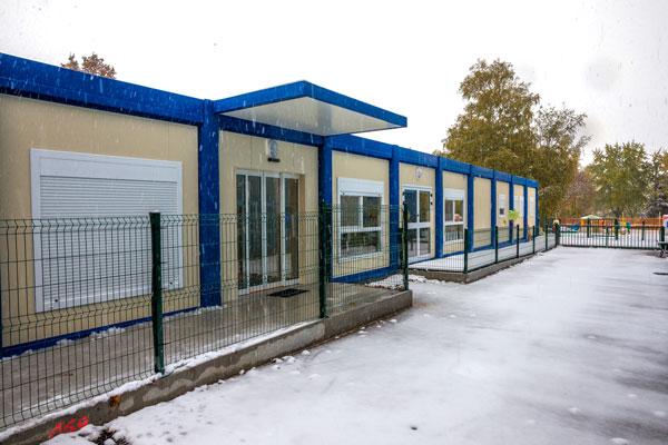 Construction de bâtiments temporaires en modules RBS pour une crèche